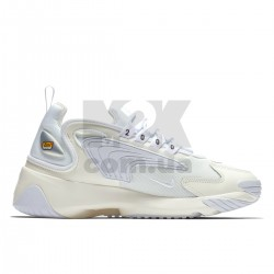 https://m2k.com.ua/image/cache/catalog/zoom2kphoto/sail_white_black/krossovki_nike_zoom_2k_sail_white_black_ao0269_100_2-250x250-product_list.jpg