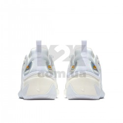 https://m2k.com.ua/image/cache/catalog/zoom2kphoto/sail_white_black/krossovki_nike_zoom_2k_sail_white_black_ao0269_100_3-250x250-product_list.jpg